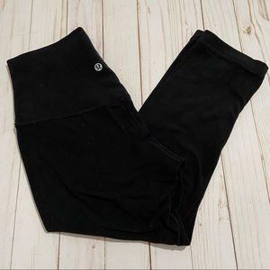LULULEMON Basic Black Capri Cropped Legging Size 4